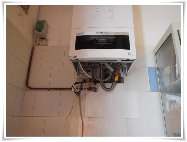 Sostituzione di impianti riscaldamento e idraulici reggio for Tipi di tubi utilizzati nell impianto idraulico